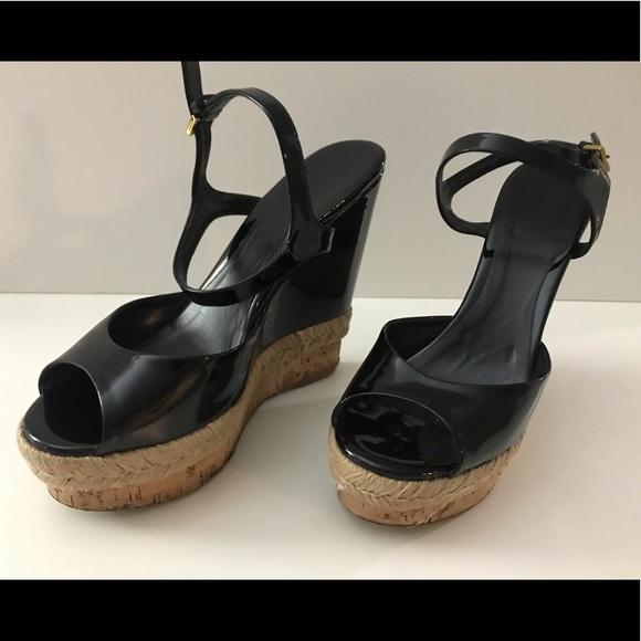 72b0b75dcba Gucci Black Patent Espadrille Wedge Sandals